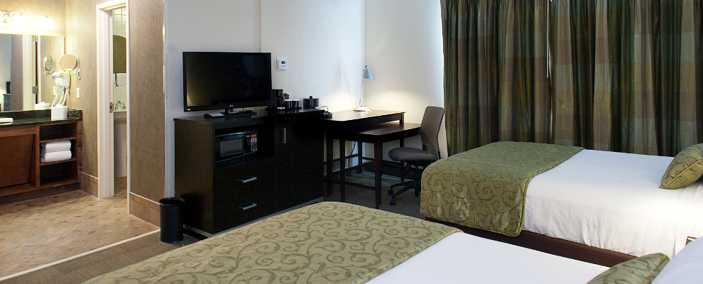 Select Queen hotel room in Athens, GA