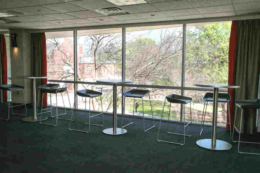 Kellogg Concourse Tables by window